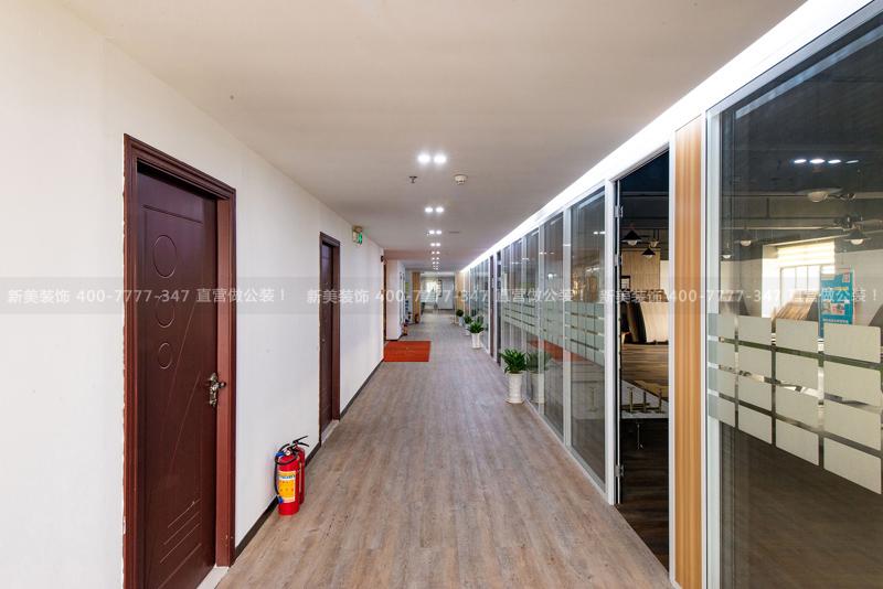 办公室装修   韩彩地板办公空间